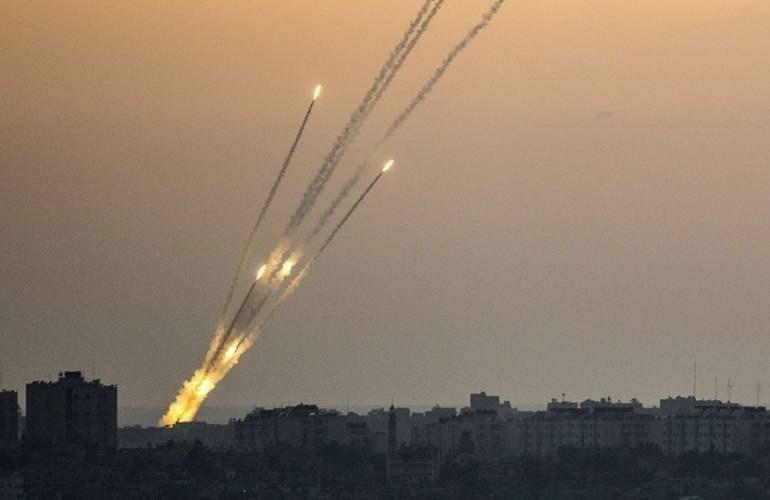 المقاومة تطلق أكثر من 20 صاروخاً نحو المستوطنات المحاذية لقطاع غزة