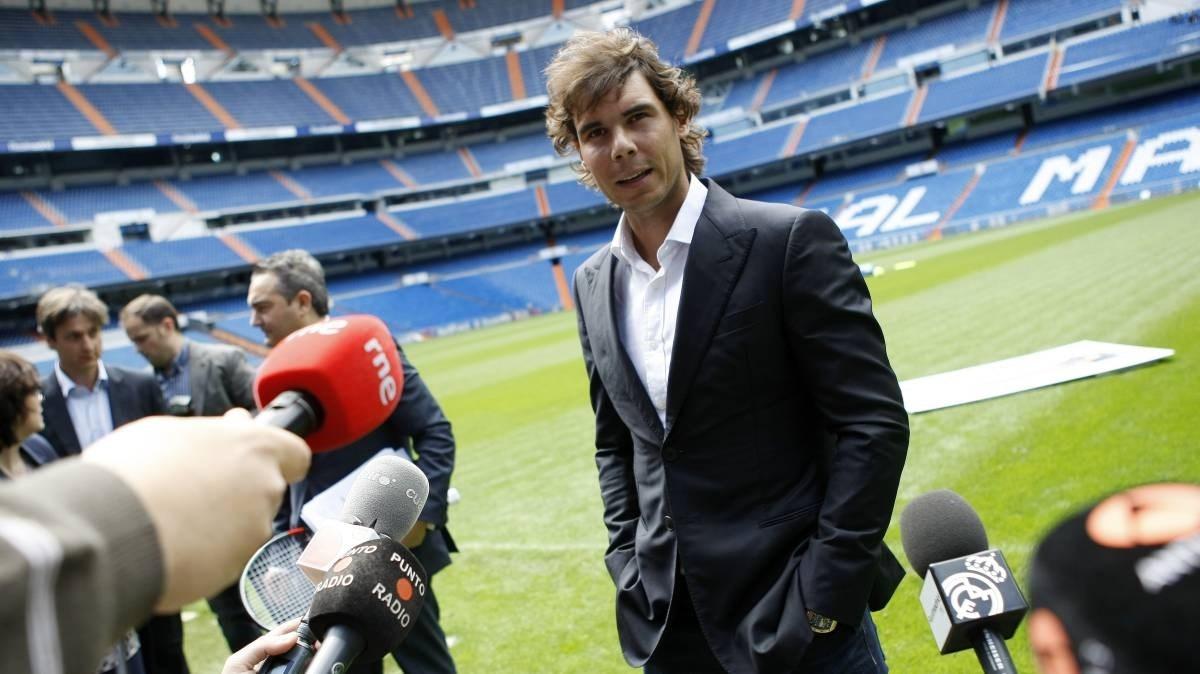 نادال يحتفي بريال مدريد على طريقته