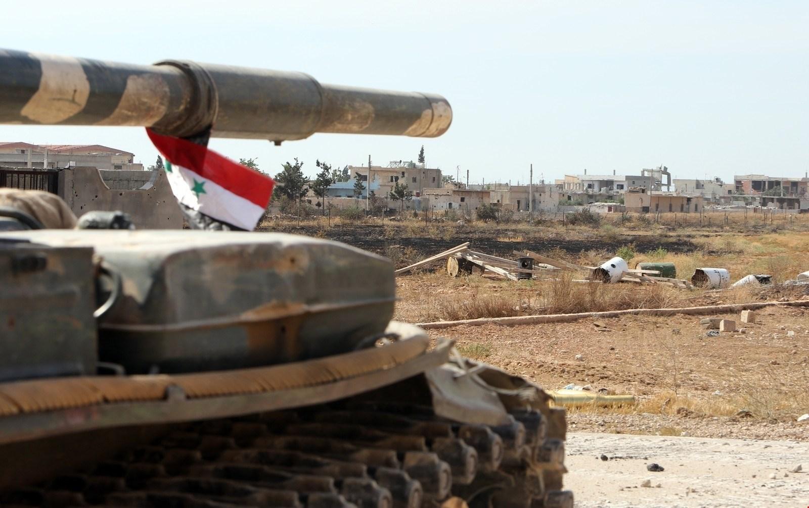 مراسل الميادين: الجيش السوري صدّ هجمات متعددة للمجموعات المسلحة على محور سراقب