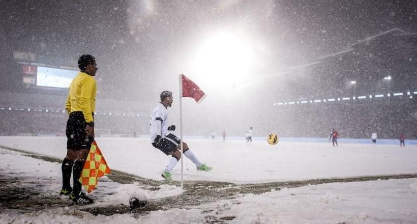 تعليق جميع مباريات الأحد في هولندا وبلجيكا بسبب العاصفة!