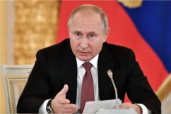 بوتين: انتشار كورونا خلّف عواقب وخيمة على الاقتصاد العالمي وأسواق النفط