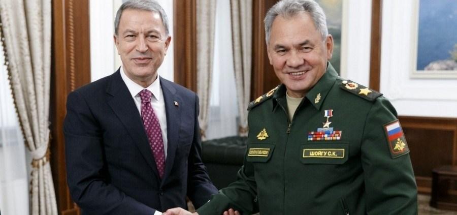 إدلب.. بين وزيري الدفاع الروسي والتركي