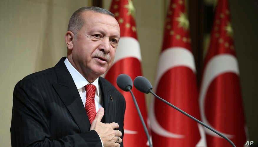 """إردوغان يطلب من بوتين استلام حقول النفط بدلاً من """"الإرهابيين"""""""