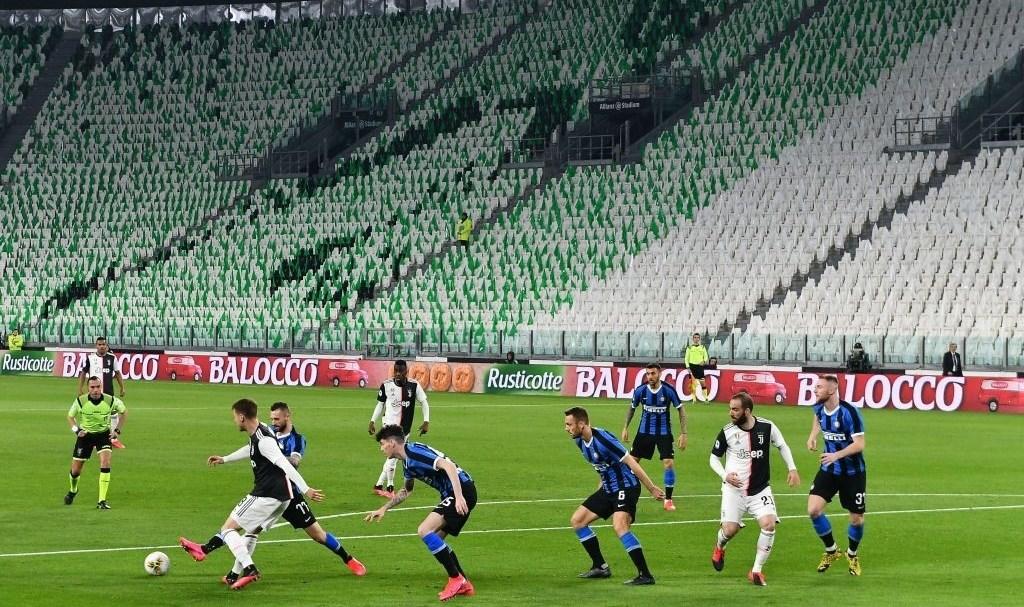 """""""كورونا"""" يعطّل الدوري الإيطالي"""