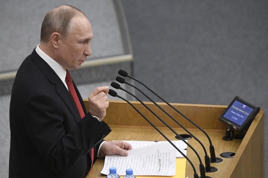 البرلمان الروسي يعدّل قوانين الترشح للرئاسة وبوتين يقرّ بالحاجة لتداول السلطة