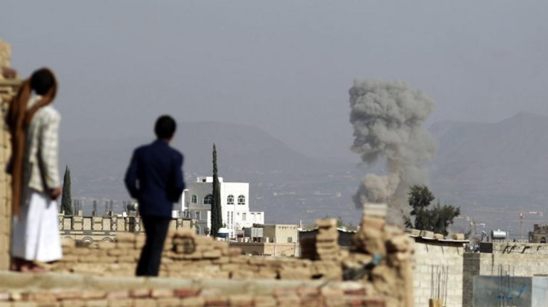 أكثر من 70 غارة جوية للتحالف السعودي على محافظات يمنية خلال الساعات الماضية
