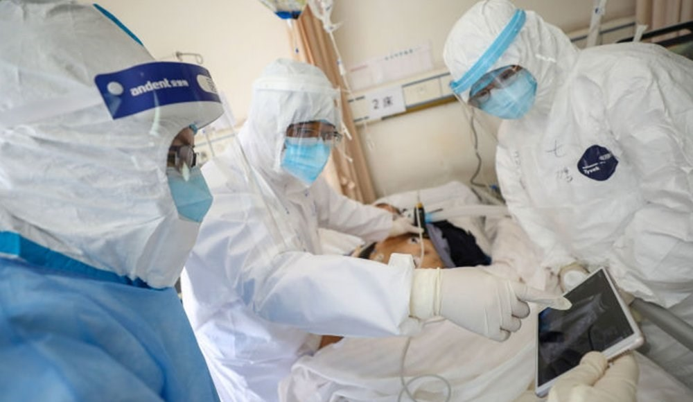 رئيس دائرة الطب التقليدي الصيني يتوقع نهاية وباء كورونا في حزيران/يونيو المقبل