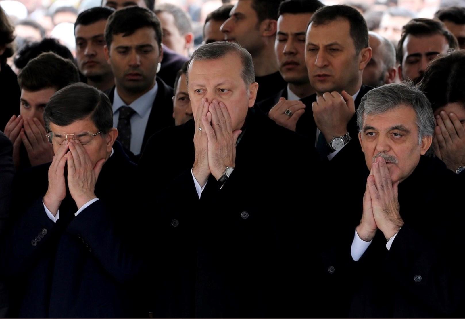 بعد انتكاساته في إدلب.. إردوغان يواجه أعداءه في الداخل