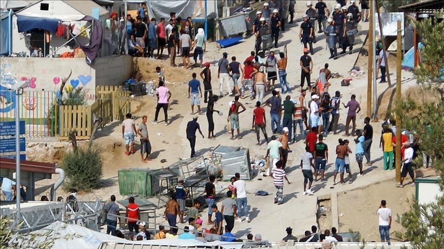 """""""أطباء بلا حدود"""" تدعو لإجلاء المهاجرين في اليونان قبل تفشّي """"كورونا"""""""