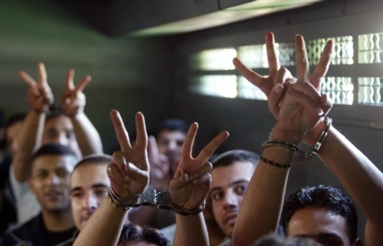 """الأسرى الفلسطينيون بخير ... ولا إصابات """"كورونا"""" بينهم"""
