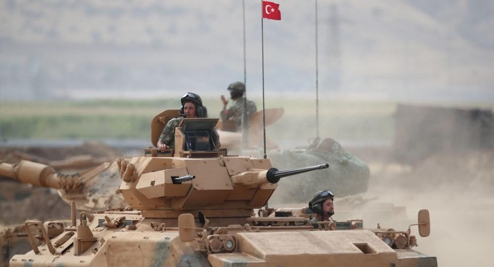 الدفاع التركية: لن نسحب الأسلحة الثقيلة من نقاط المراقبة في إدلب