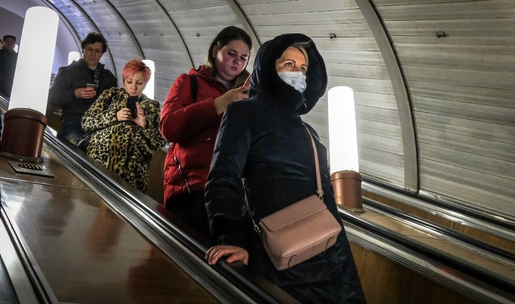 روسيا تعلن عن وقف استقبال الأجانب وتتخذ إجراءات طارئة لمكافحة كورونا