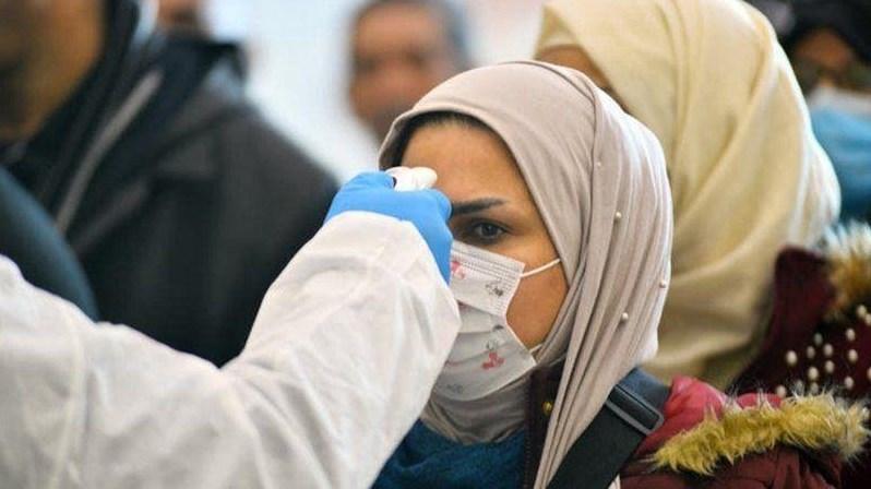 فيروس كورونا يواصل الانتشار.. إصابات وإجراءات جديدة في الدول العربية