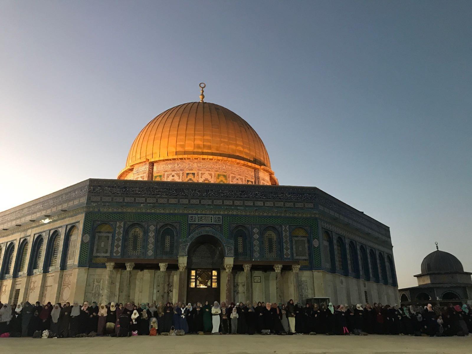 إغلاق المسجد الأقصى بسبب فيروس كورونا