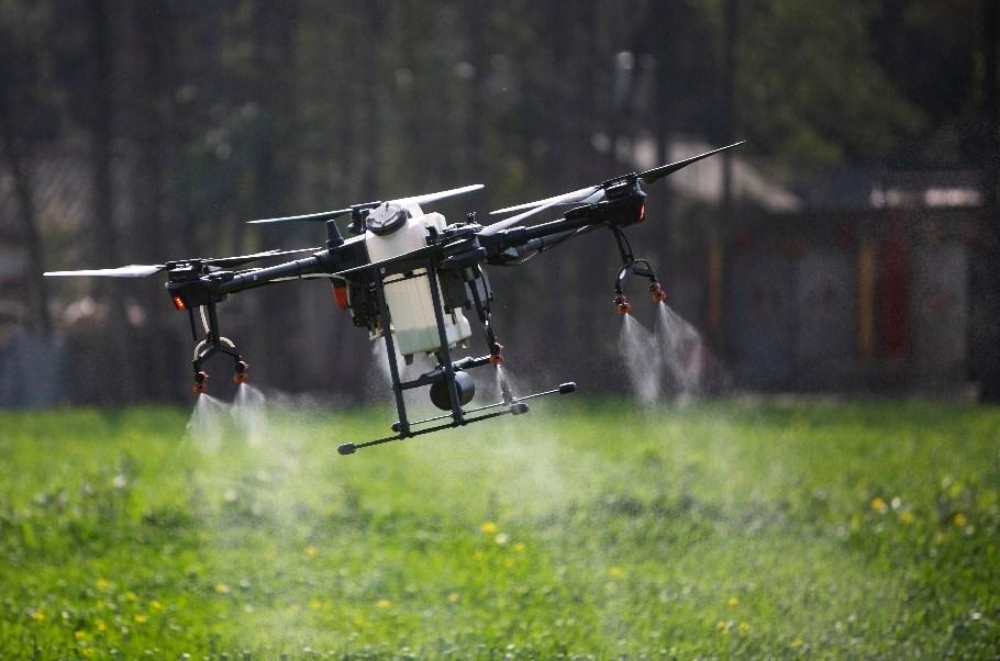 """الذكاء الاصطناعي والطائرات بدون طيار تساعد في مكافحة """"كورونا"""""""
