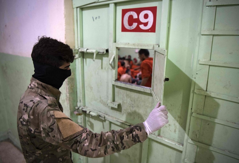 """مصادر للميادين: عناصر """"داعش"""" ينفذون استعصاء داخل السجن الحسكة"""