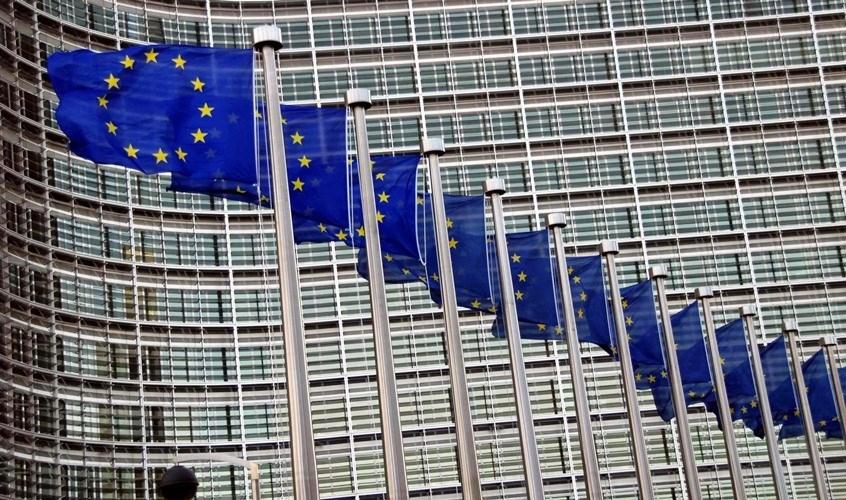 هل يقضي فيروس كورونا على الاتحاد الأوروبي؟
