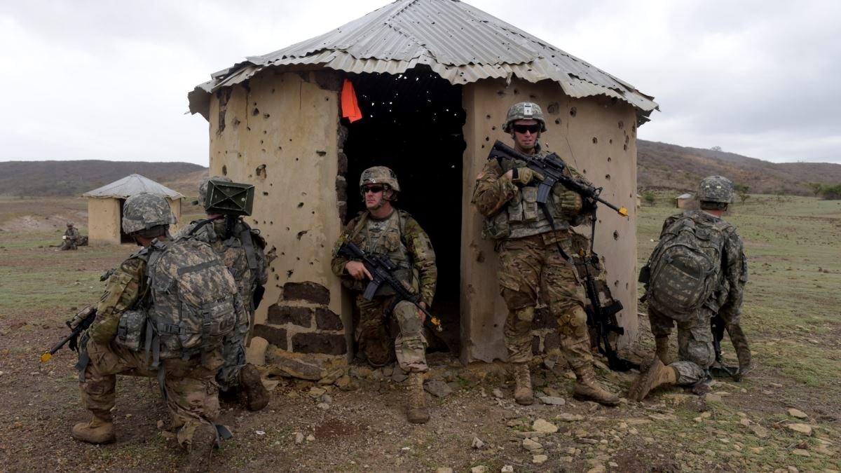 """""""لبقاء مطول في أفريقيا"""".. القيادة العسكرية الأميركية تبتز المستوى السياسي عبر """"داعش"""""""
