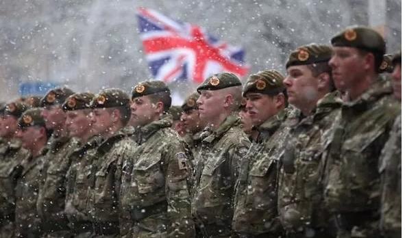 بريطانيا تضع 10 آلاف جندي في جاهزية عالية لمواجهة كورونا