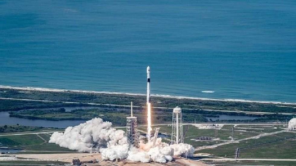 """أول رحلة مأهولة لمركبة """"دراغون"""" إلى الفضاء"""