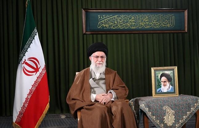 """عام """"الطفرة في الإنتاج""""... السيد خامنئي للإيرانيين: واجهوا بتفاؤل والمرارات ستنقضي"""