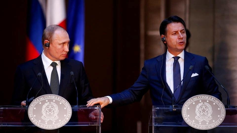 روسيا ترسل علماء فيروسات ومعدات عسكرية وطبية إلى إيطاليا لمكافحة كورونا