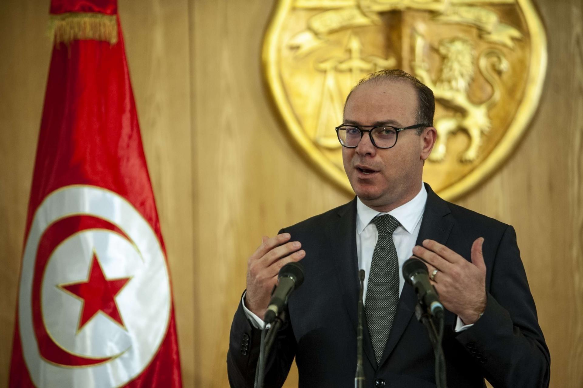 رئيس الحكومة التونسية يعلن إجراءات استثنائية ترافق الحجر الصحي العام