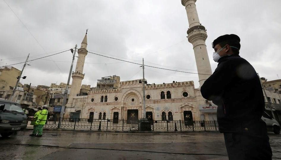 الأردن تخفّف حظر التجوّل المفروض منذ أيام لمكافحة كورونا