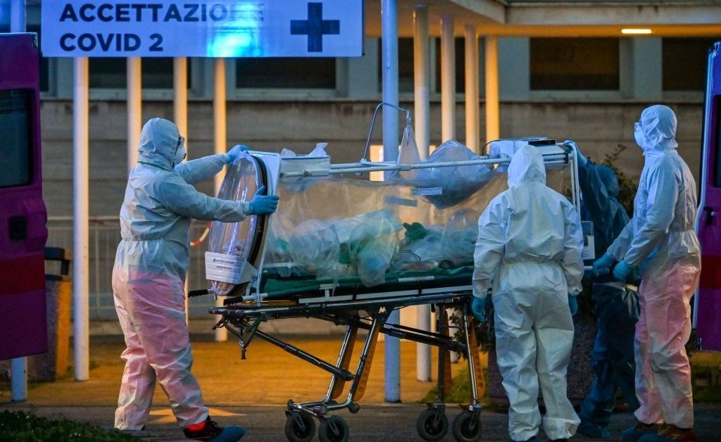 إيطاليا: ارتفاع عدد الوفيات بفيروس كورونا إلى 8165