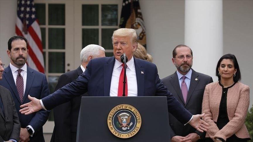 ترامب يصادق على قانون حزمة المساعدات لمواجهة كورونا