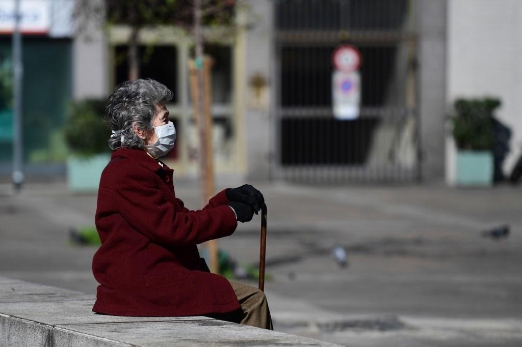 بسبب كورونا.. الجيشان الروسي والإيطالي يطهران مساكن للمسنين في إيطاليا