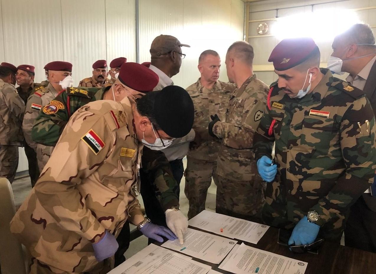 """الجيش الأميركي يسلّم قاعدة """"كي وان"""" في كركوك للقوات العراقية"""