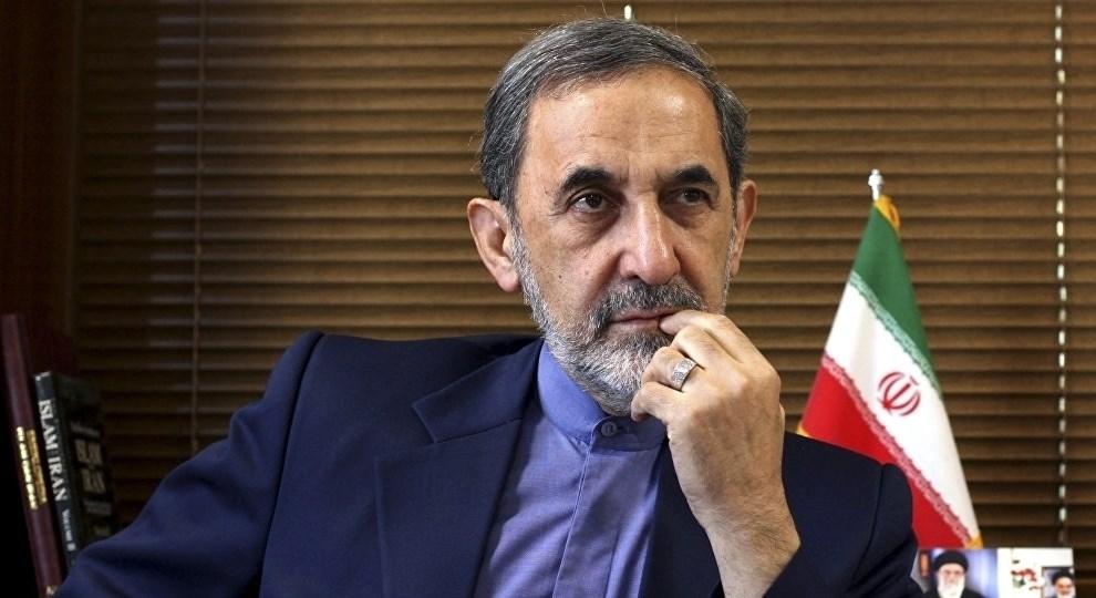 مستشار المرشد الإيراني علي أكبر ولايتي تعافى من إصابته بفيروس كورونا