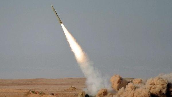 """السعودية تعلن اعتراض صاروخين بالستيين والمشاهد تظهر فشل منظومة """"باتريوت"""""""