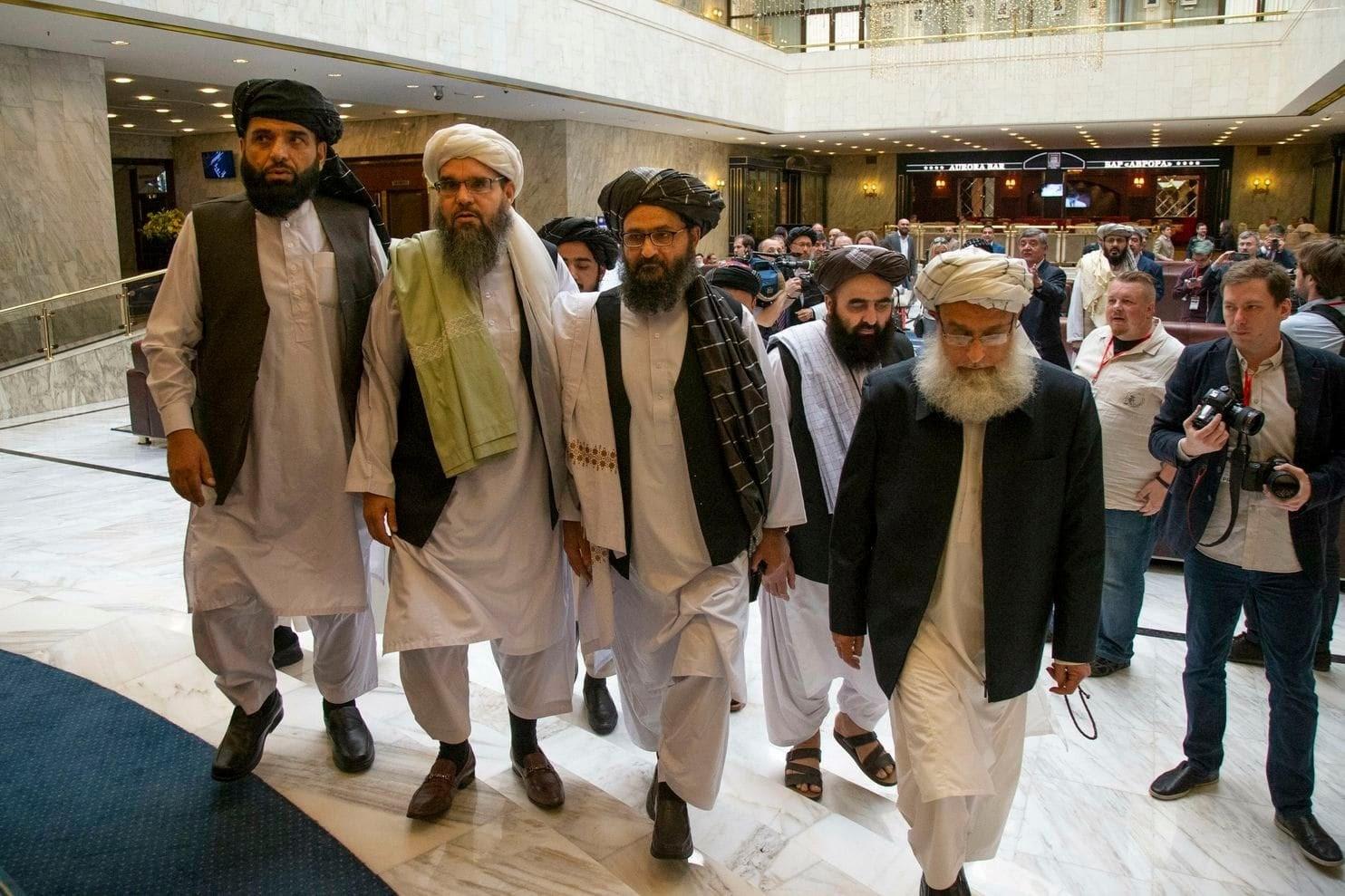 """ترامب في اتصالٍ مع كبير مفاوضي """"طالبان"""": انسحاب القوات الأجنبية من مصلحة الجميع"""