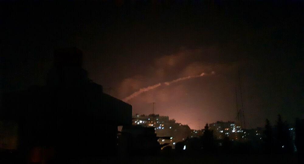 عدوان إسرائيلي على حمص... والدفاعات السورية تتصدى