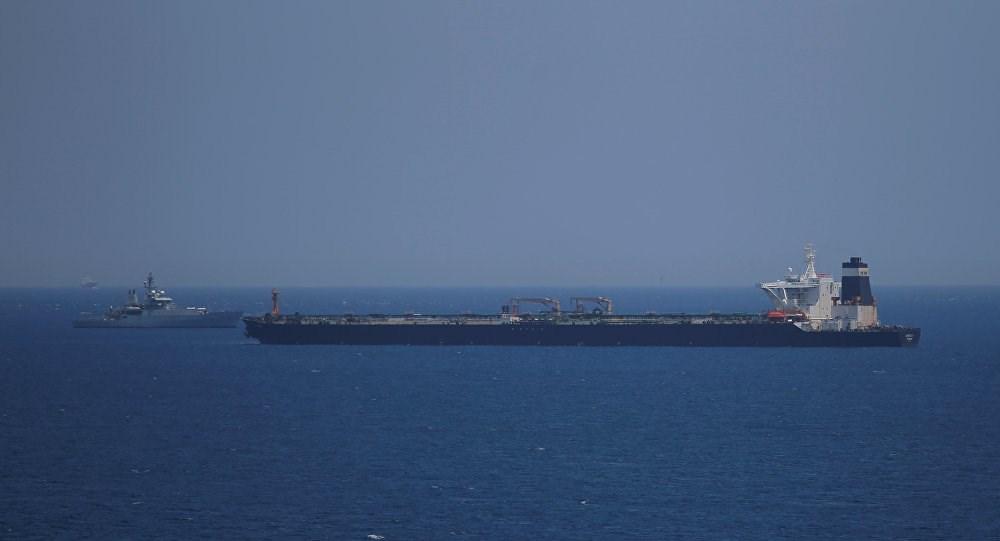 التحالف السعودي يعلن إحباط هجوم على ناقلة نفط في بحر العرب جنوب شرق المهرة