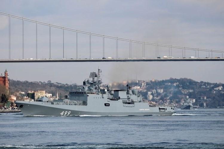 سفينة روسية جديدة تدخل مياه المتوسط... إلى طرطوس السورية