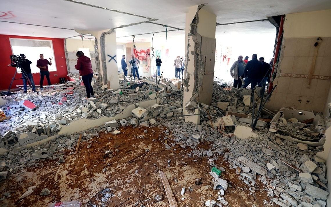 الاحتلال الإسرائيلي يهدم منزلي أسيرين فلسطينيين.. والفصائل الفلسطينية تندد