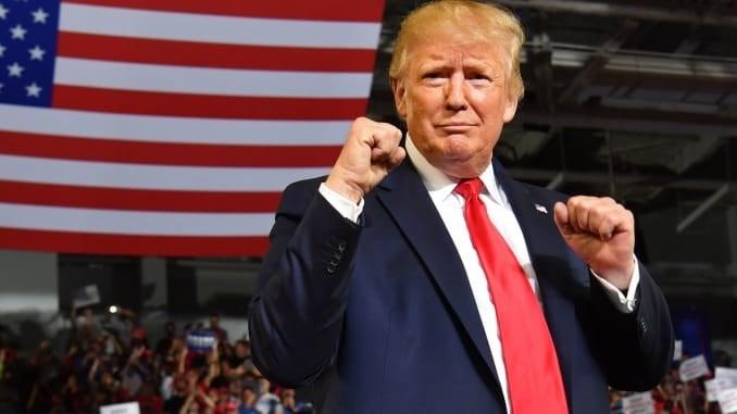 """رئاسيات أميركا.. ترامب يفوز في """"يوتيوب"""" و""""فايسبوك"""" أم المعارك"""
