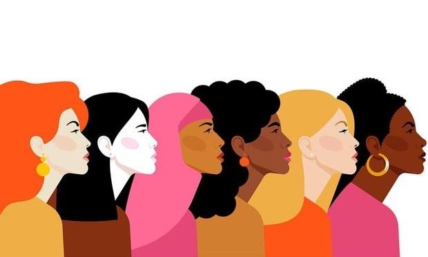 كيف تصنع المرأة متعة النقاش الذكيّ؟