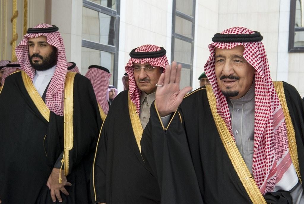 """""""رويترز"""": الملك السعودي وقّع شخصياً أمر اعتقال الأمراء الثلاثة"""