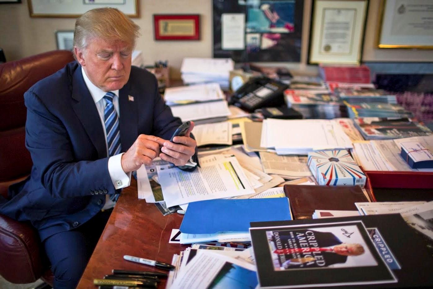 تويتر يطبق إجراءات جديدة على فيديو نشره ترامب لـجو بايدن