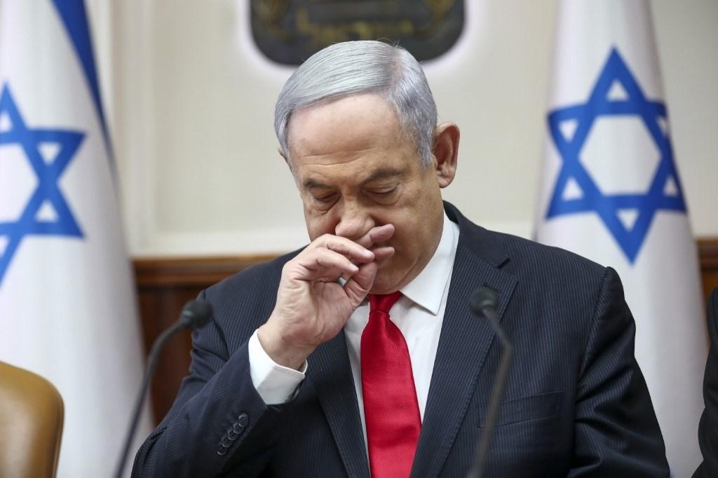 نتنياهو يطلب تأجيل محاكمته بتهم فساد 45 يوماً