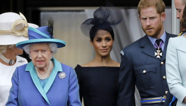 """الأمير هاري وزوجته يشاركان للمرة الأخيرة في مناسبة عامة قبل """"التحرر من القيود الملكية"""""""