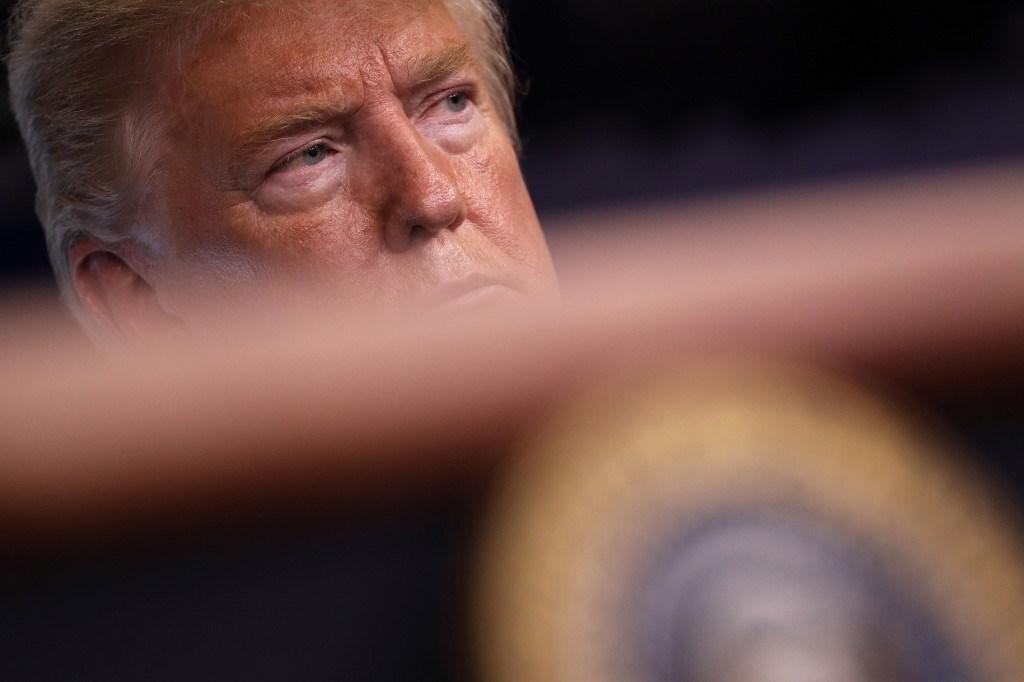 ترامب مهدداً إيران: ستدفع ثمناً باهظاً إذا هاجمت قوات أميركيّة
