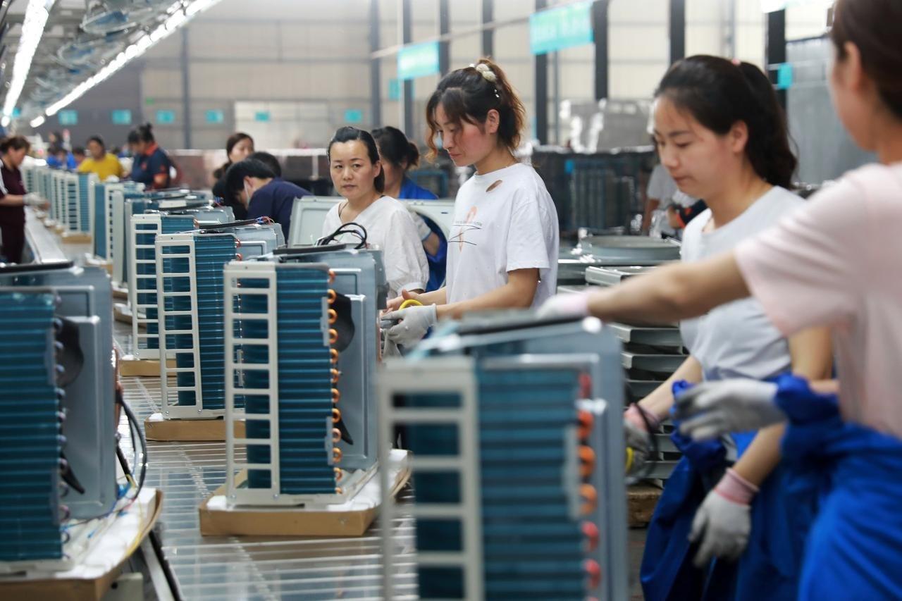 الصين تواجه الركود.. سلع التصدير إلى الأسواق الداخلية