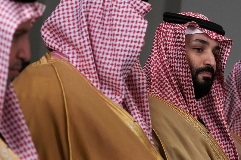 السعودية في زمن كورونا.. نهاية لعبة الحظ؟