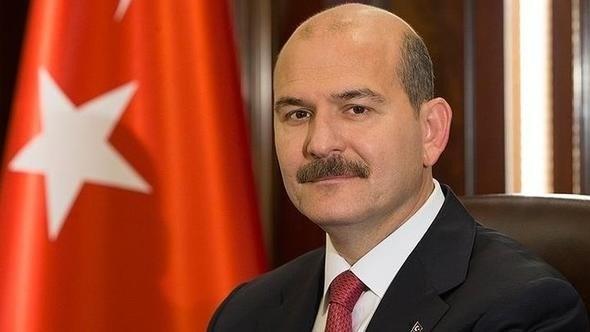 وزير الداخلية التركي يقدم استقالته.. وإردوغان يرفضها