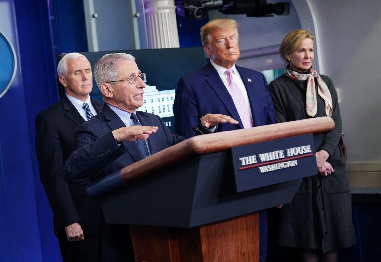 """""""واشنطن بوست"""": مسؤول اللقاح عُزل لإعطائه الأولوية لـلعلم والسلامة على السياسة"""